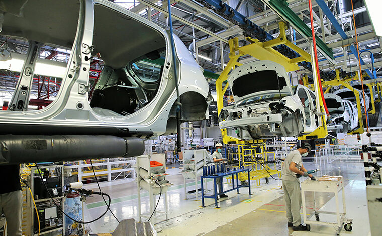 Usine Renault : reprise progressive de l'activité des chaines d