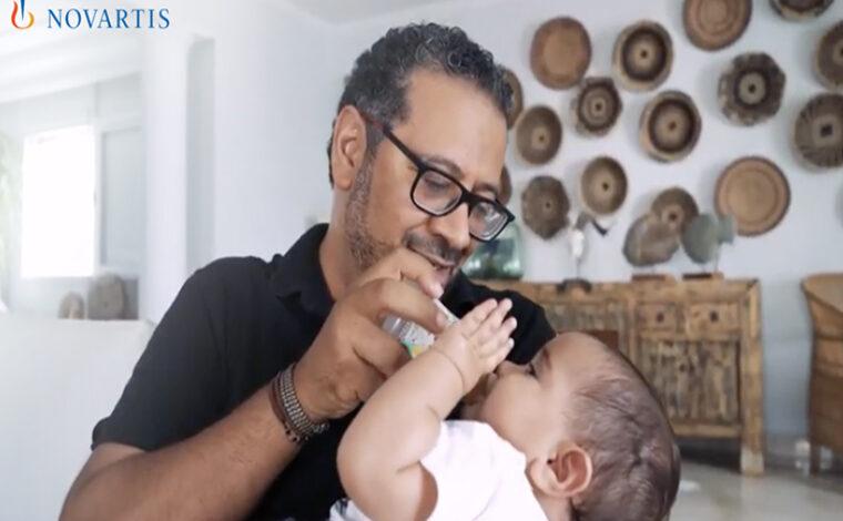 Novartis: Congé parental rémunéré pour les pères