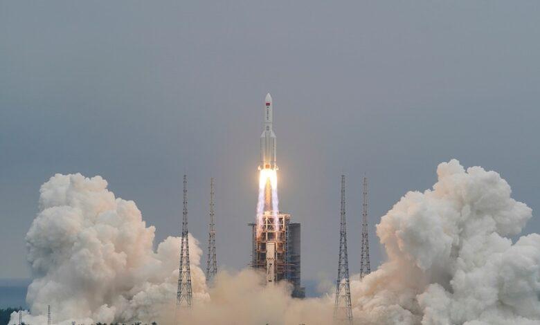 Une partie de la fusée chinoise s'est désintégrée au-dessus de l'océan indien (agence spatiale)